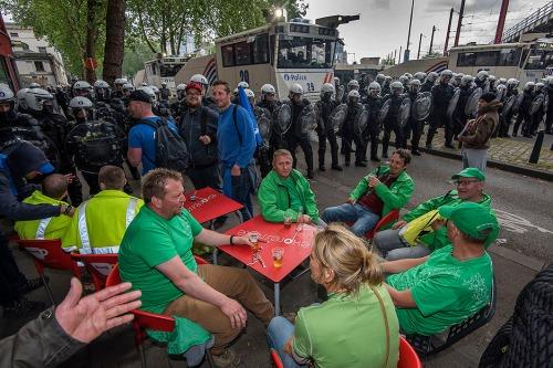2016/05/24 brussel belgium : nationale betoging staking foto's ivan put