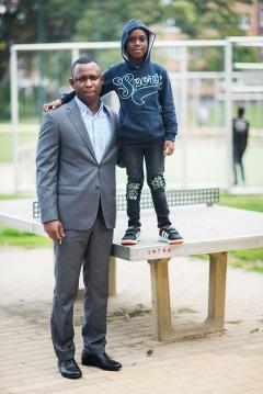 2018/09/5 brussel belgium : mohamed bangoura en zijn oom abdoul diallo. De Britse Mohamed Bangoura (6) was op vakantie in België, maar kan niet terug naar de UK omdat UK zijn paspoort heeft ingetrokken. Woont nu bij oom oom Abdoul Diallo